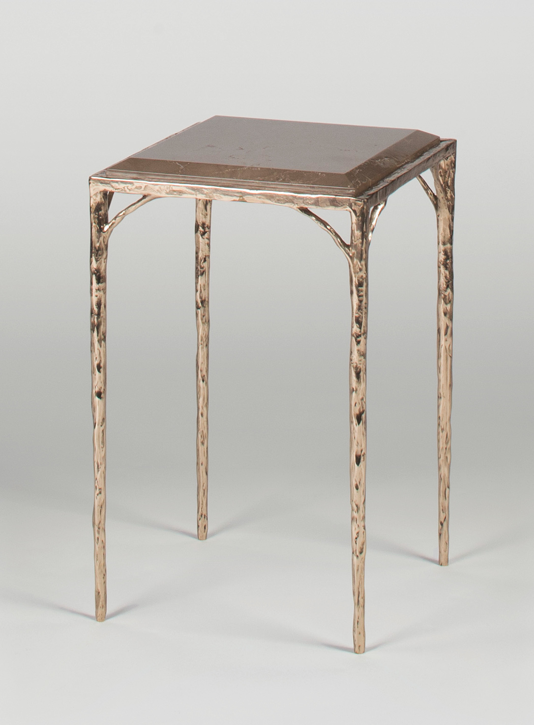 MAGNI HOME COLLECTION Tables